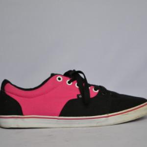 vans roze zwart